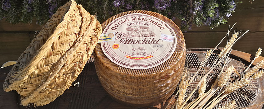 Handcrafted P.D.O. Manchego Cured 6 Months - Raw Milk